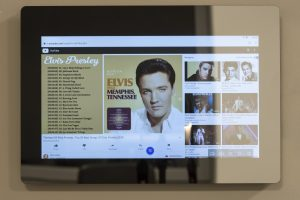 Smart Mirror - Elvis